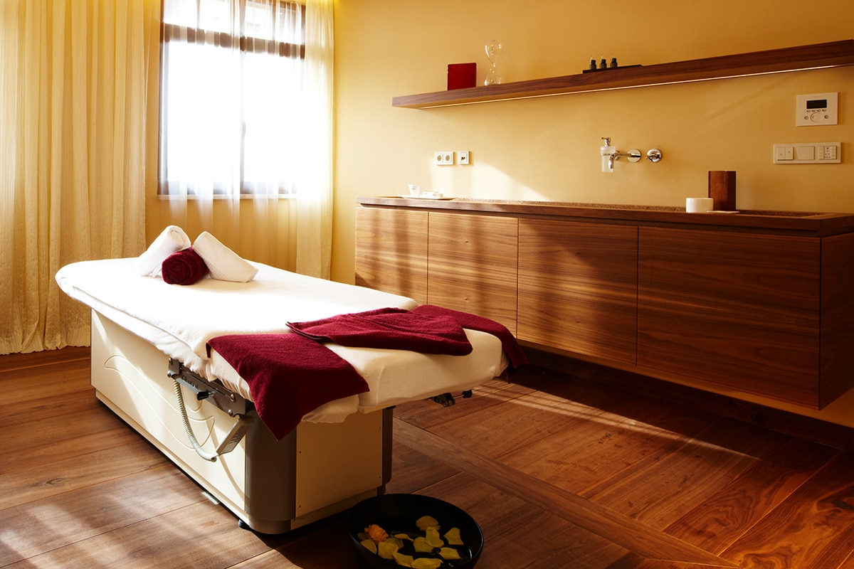 Massageraum Wald & Schlosshotel Friedrichsruhe